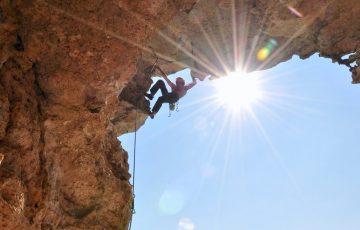 Residence-il-borgo-attivita-climbing